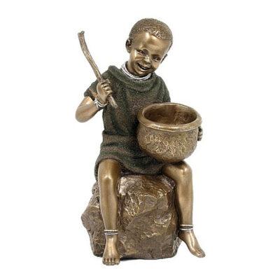 Chajio - african figuriens