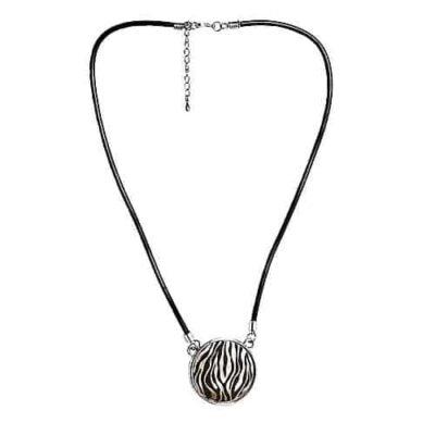 Engraved necklace - zebra p